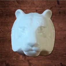 Голова тигра, объемная Размер 2,9 x 2,6 см