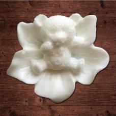 """""""Мишка на цветке"""" , Размер 2х2 см"""